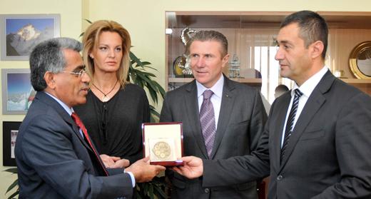 Ministur Neikov Bubka